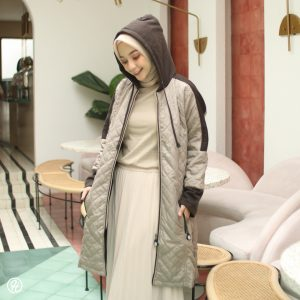 Jaket Hijabers Queenbee HJ-QNB-CREAM-XL